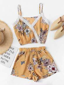 Lace Panel Trim Floral Cami With Shorts
