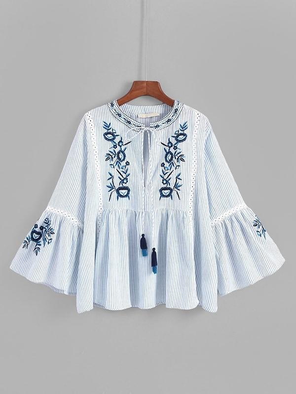 все цены на Lace Panel Tassel Tie Embroidery Blouse