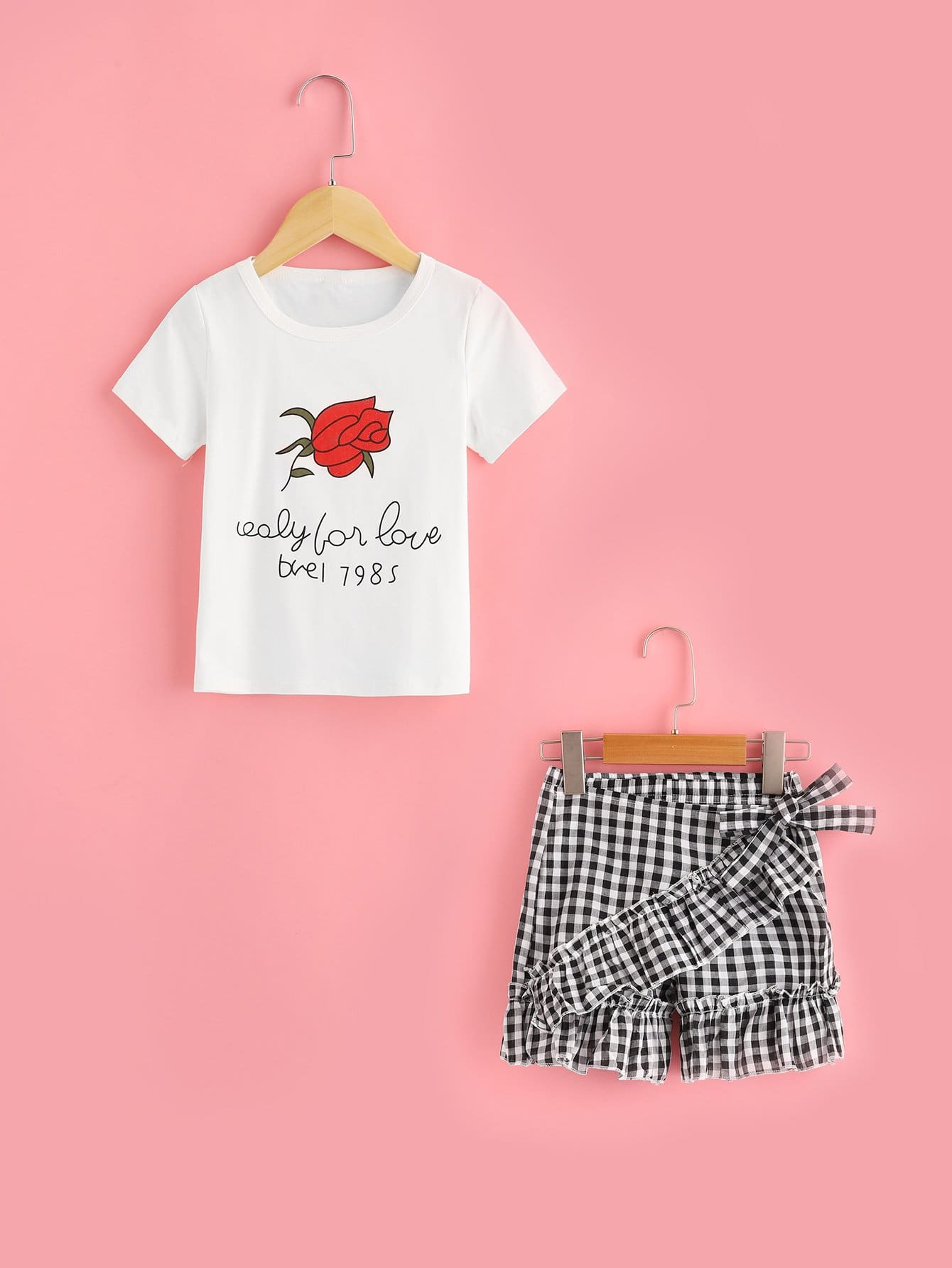 Girls Rose And Letter Print Tee With Ruffle Hem Gingham Shorts