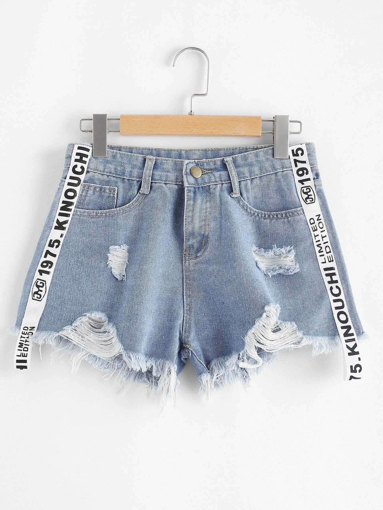 Plus Letter Ribbon Raw Hem Ripped Denim Shorts