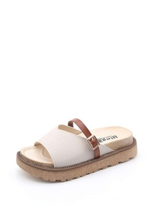 Buckle Strap V-cut Sandals