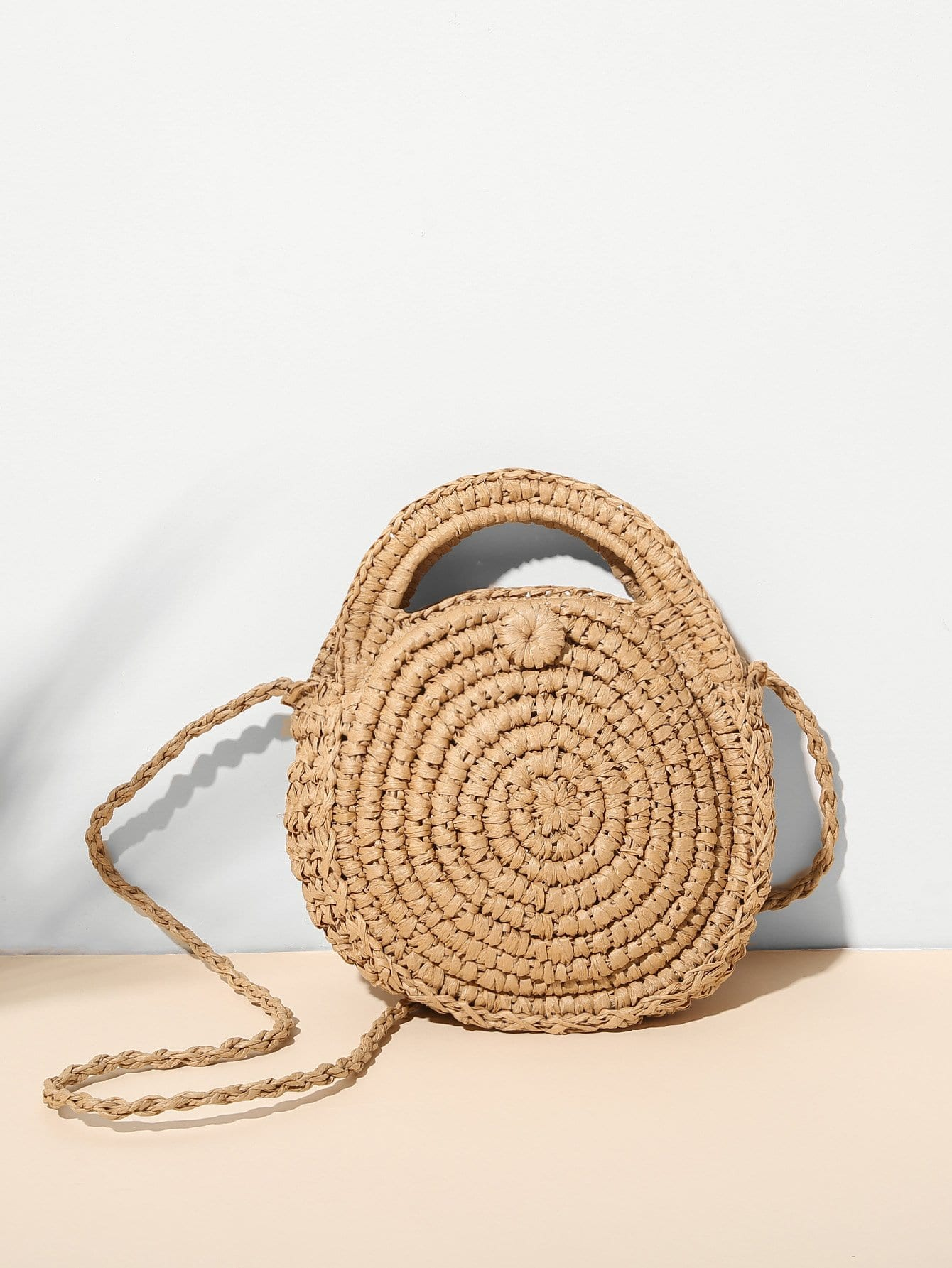 Round Shaped Woven Crossbody Bag холодильник galanz bcd 217t