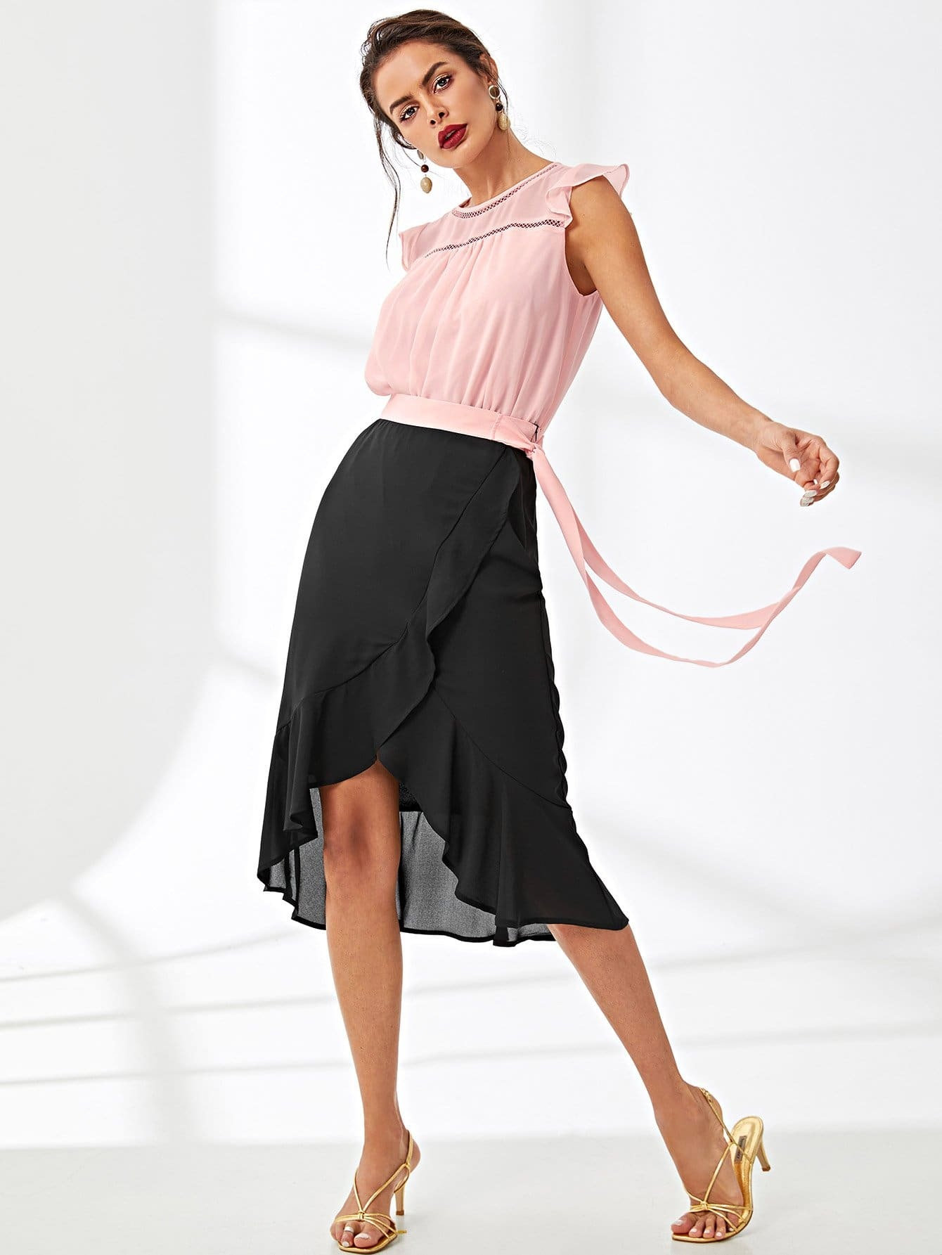 Knot Side Overlap Ruffle Hem Skirt knot side overlap ruffle trim dot skirt