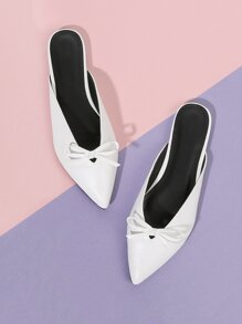 Bow Detail Pointed Toe Flats
