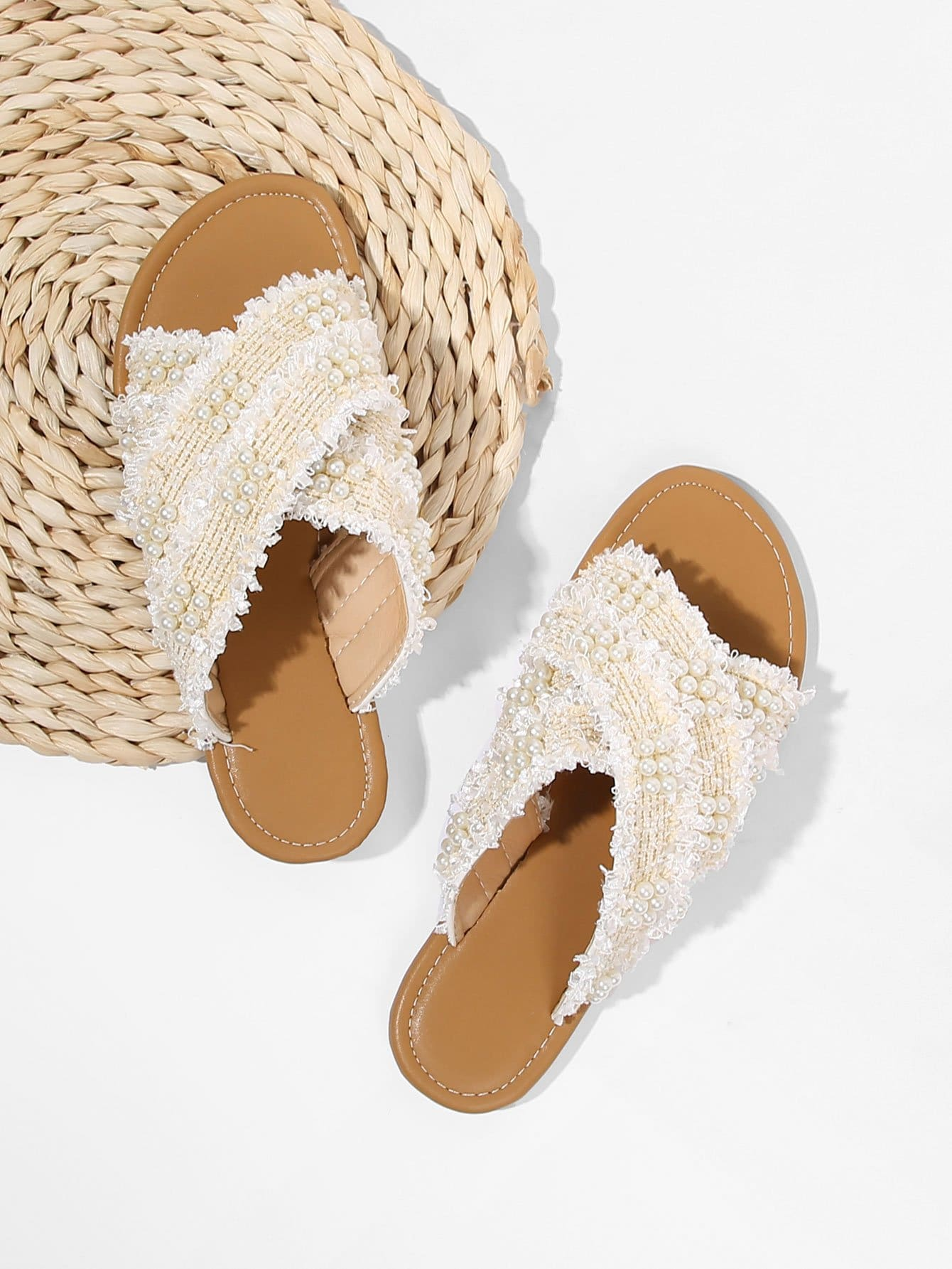 Criss Cross Flat Slippers With Faux Pearl все цены