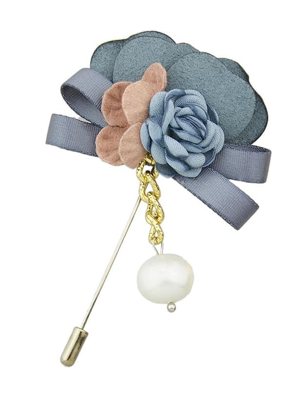 Blaue antike Goldharz-Blumen-Broschen Pin