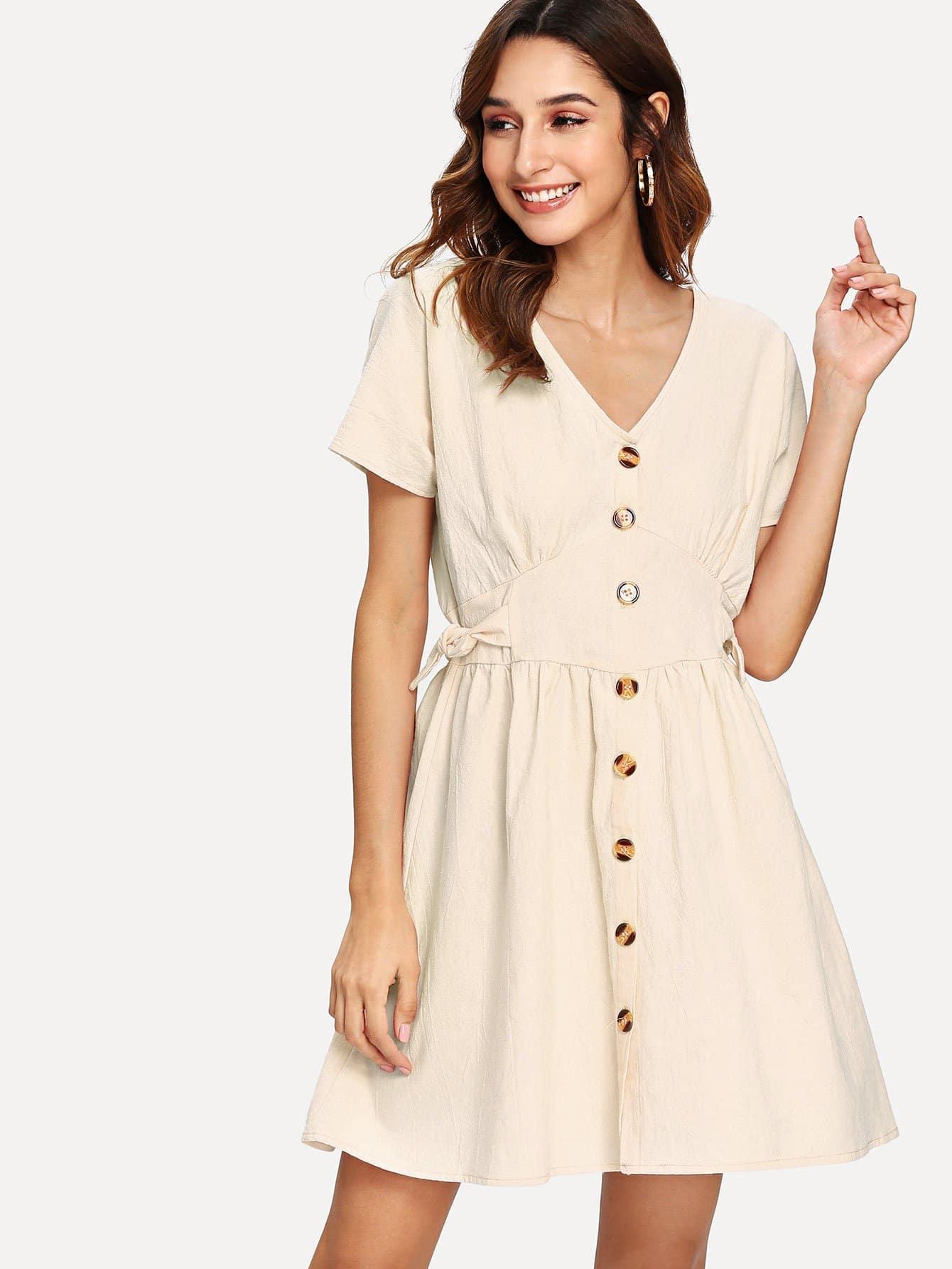 Купить Платье с V-образном вырезом и украшением пуговиц, Gabi B, SheIn