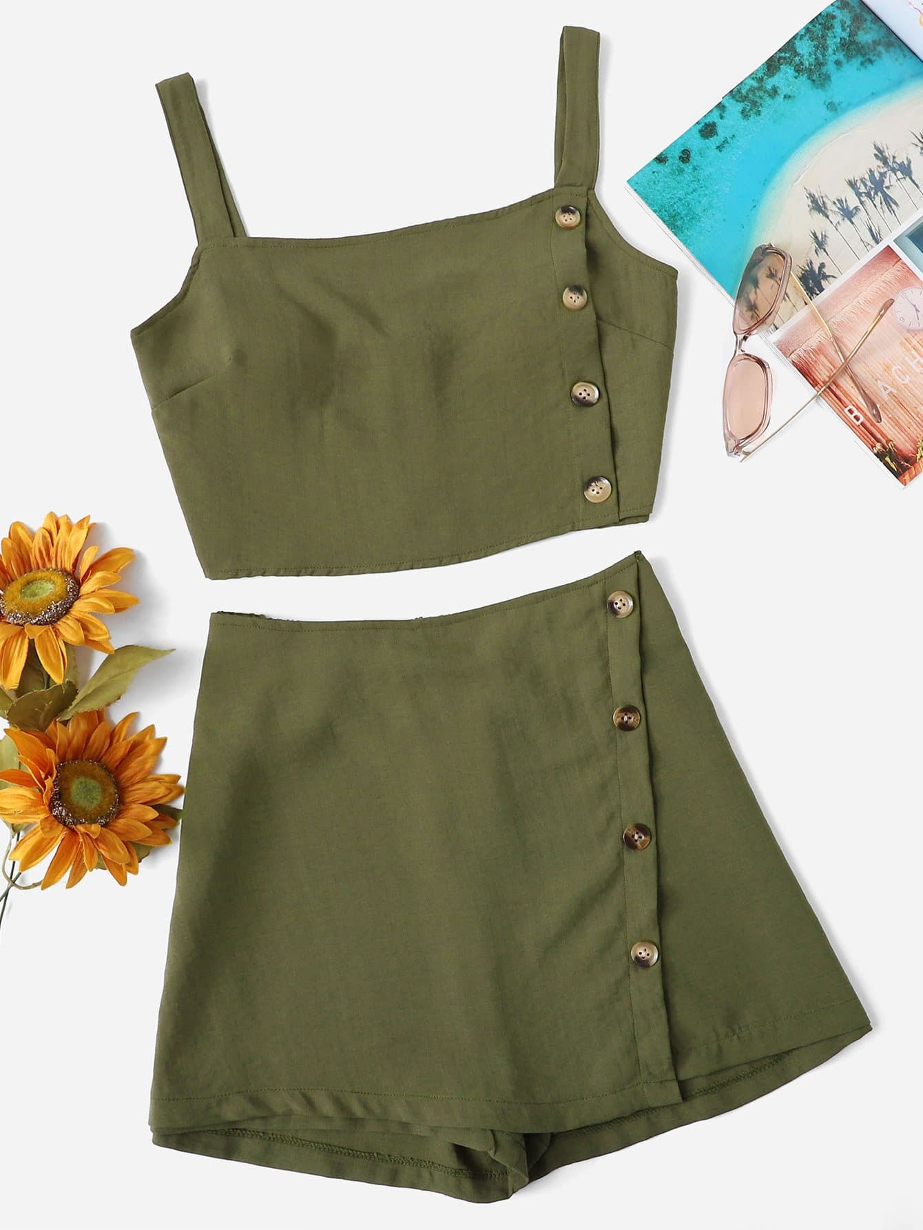 Plus Single Breasted Crop Top With Shorts