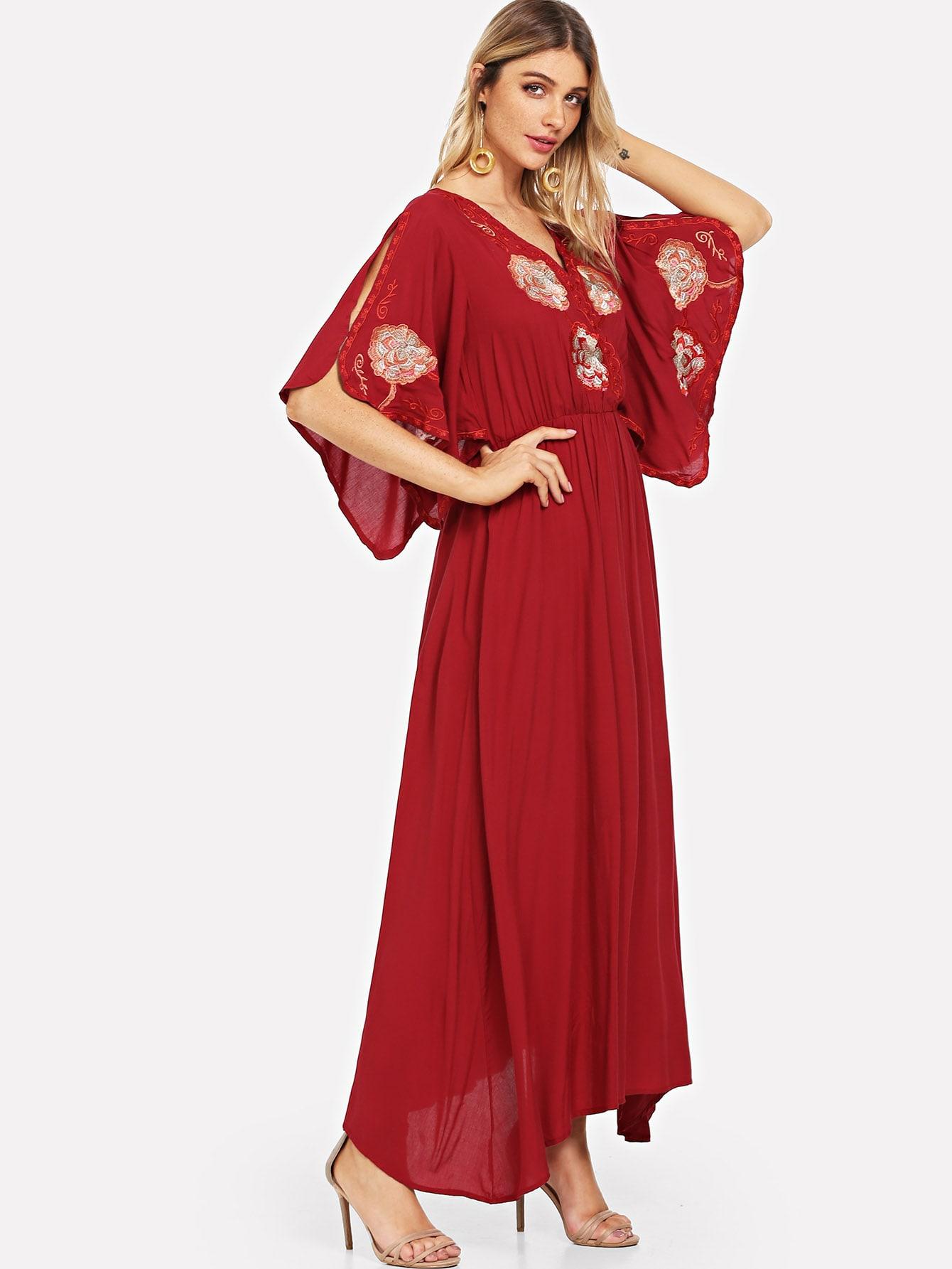 цена на Ruffle Sleeve Floral Wrap Dress