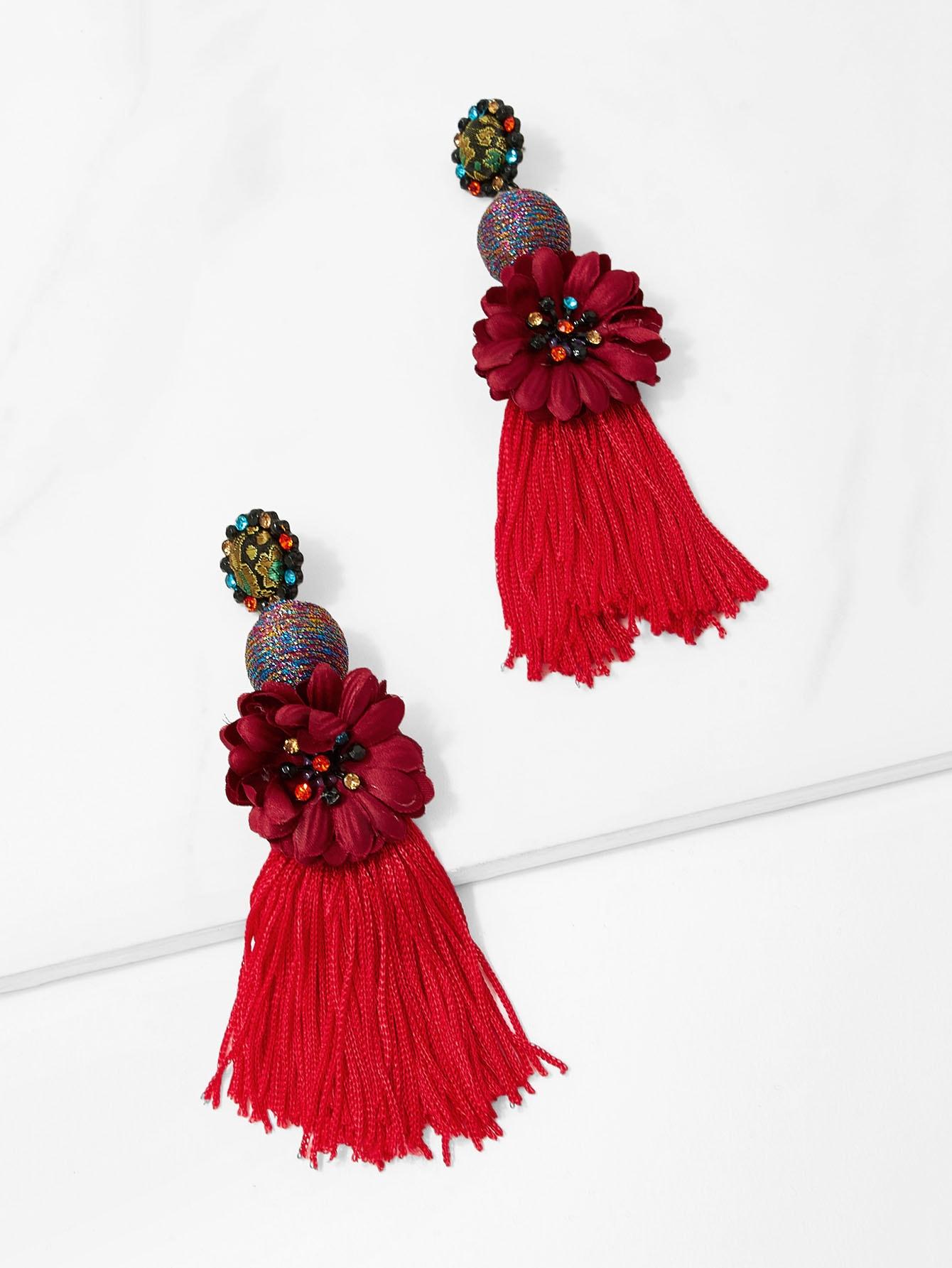 Симметричесие серьги с подвесками цветов и кистей