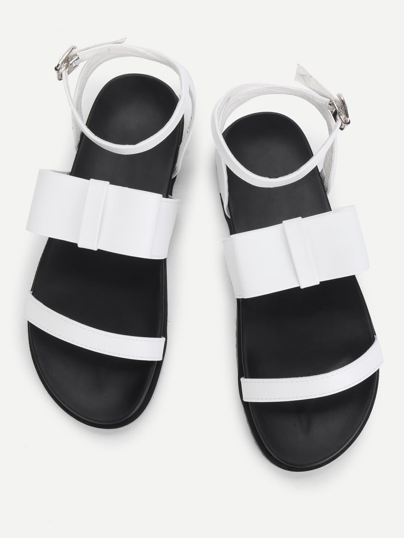 Bow Decorated PU Flat Sandals