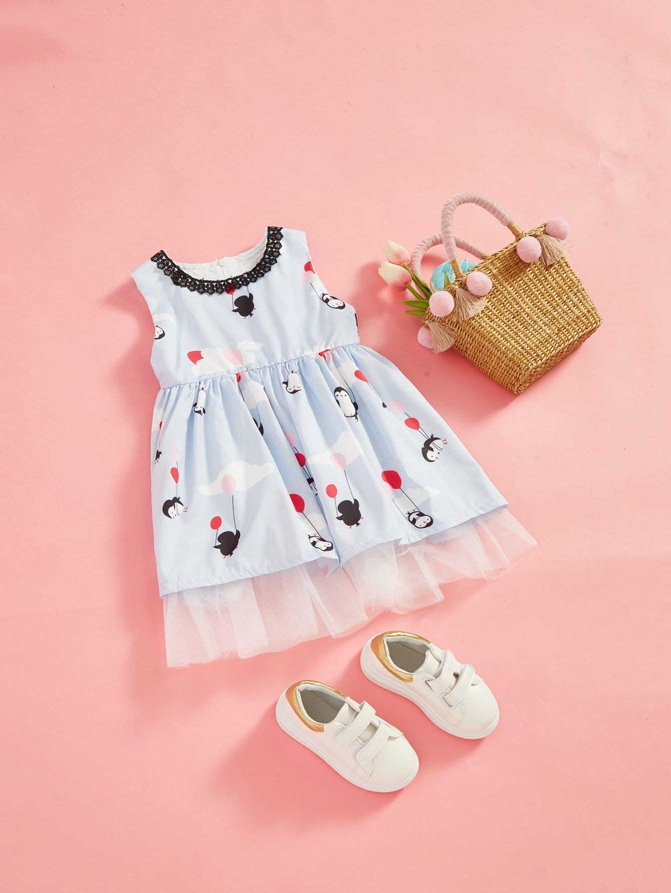 Girls Cartoon Print Mesh Panel Hem Dress