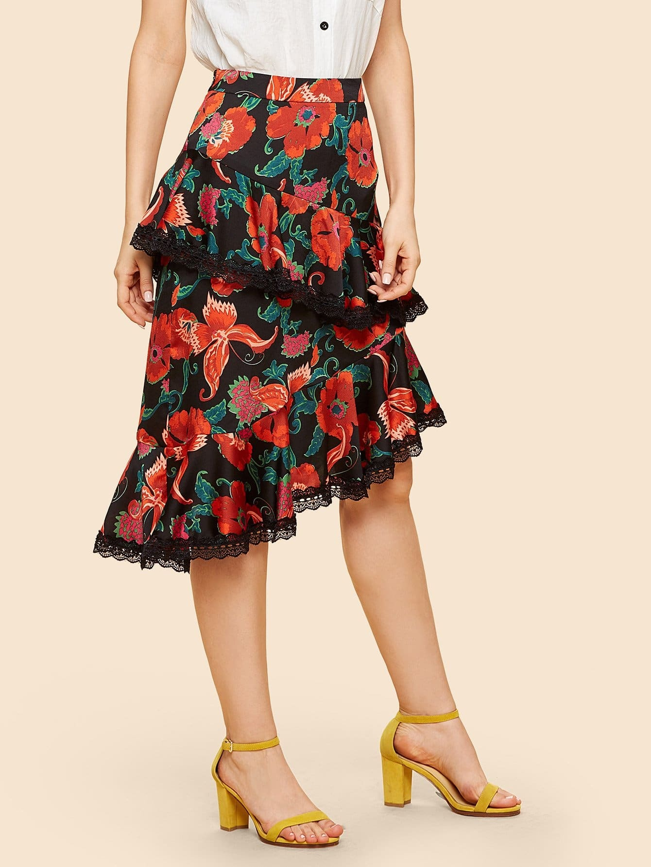 Lace Trim Floral Ruffle Skirt