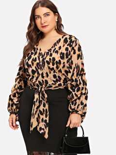 Plus Waist Knot Wrap Leopard Print Top