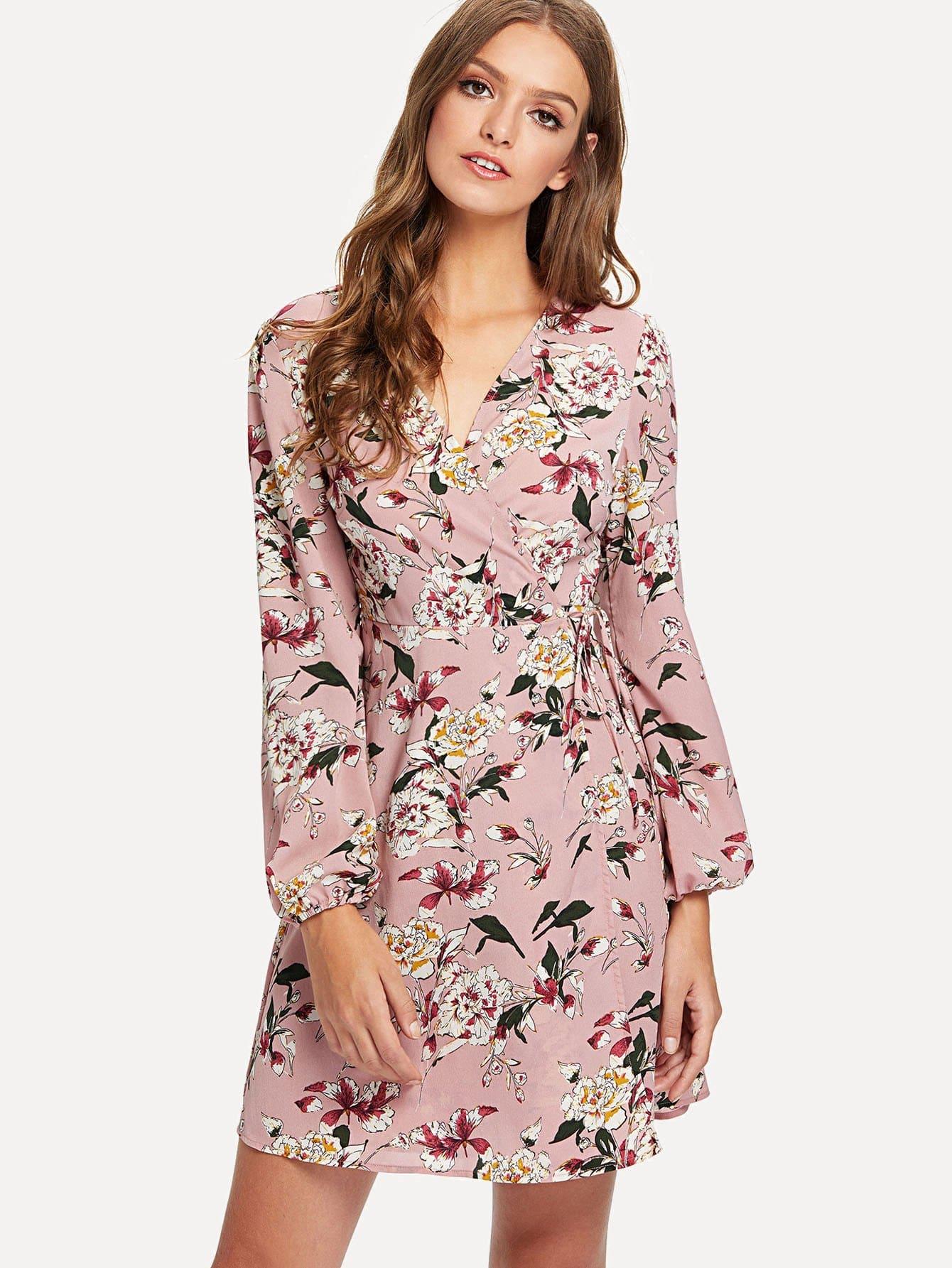 цена на Floral Print Lantern Sleeve Surplice Wrap Dress