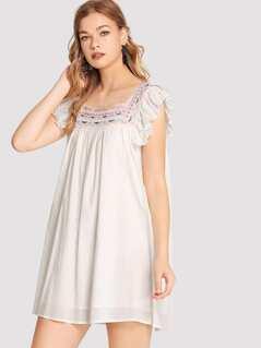 Flower Embroidery Ruffle Strap Dress