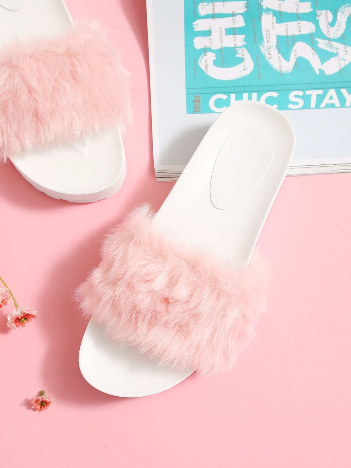 все цены на Faux Fur Flatform Sliders
