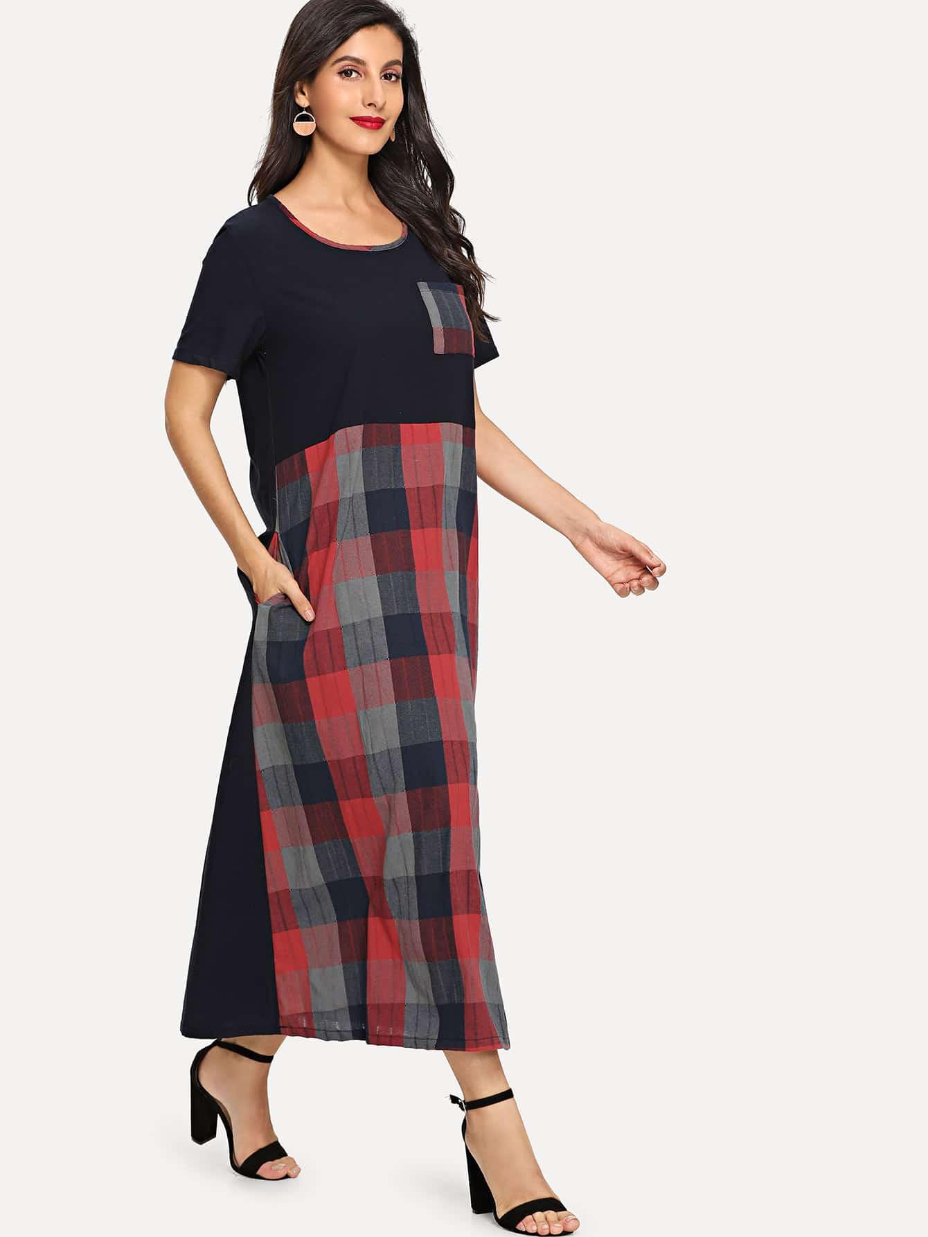 Платье в клетку и со симметрическими карманами