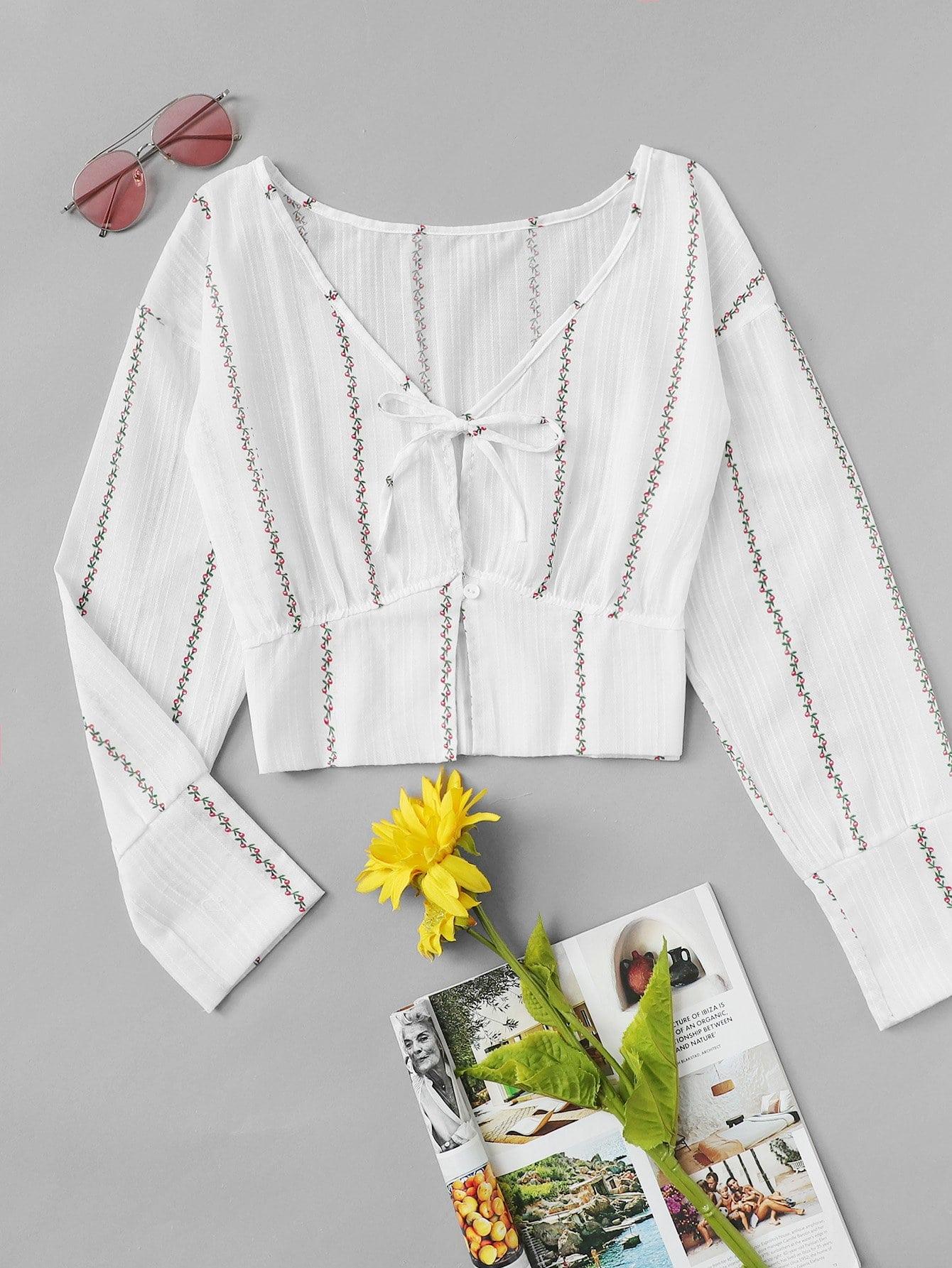 Floral Print Knot Front Button Blouse