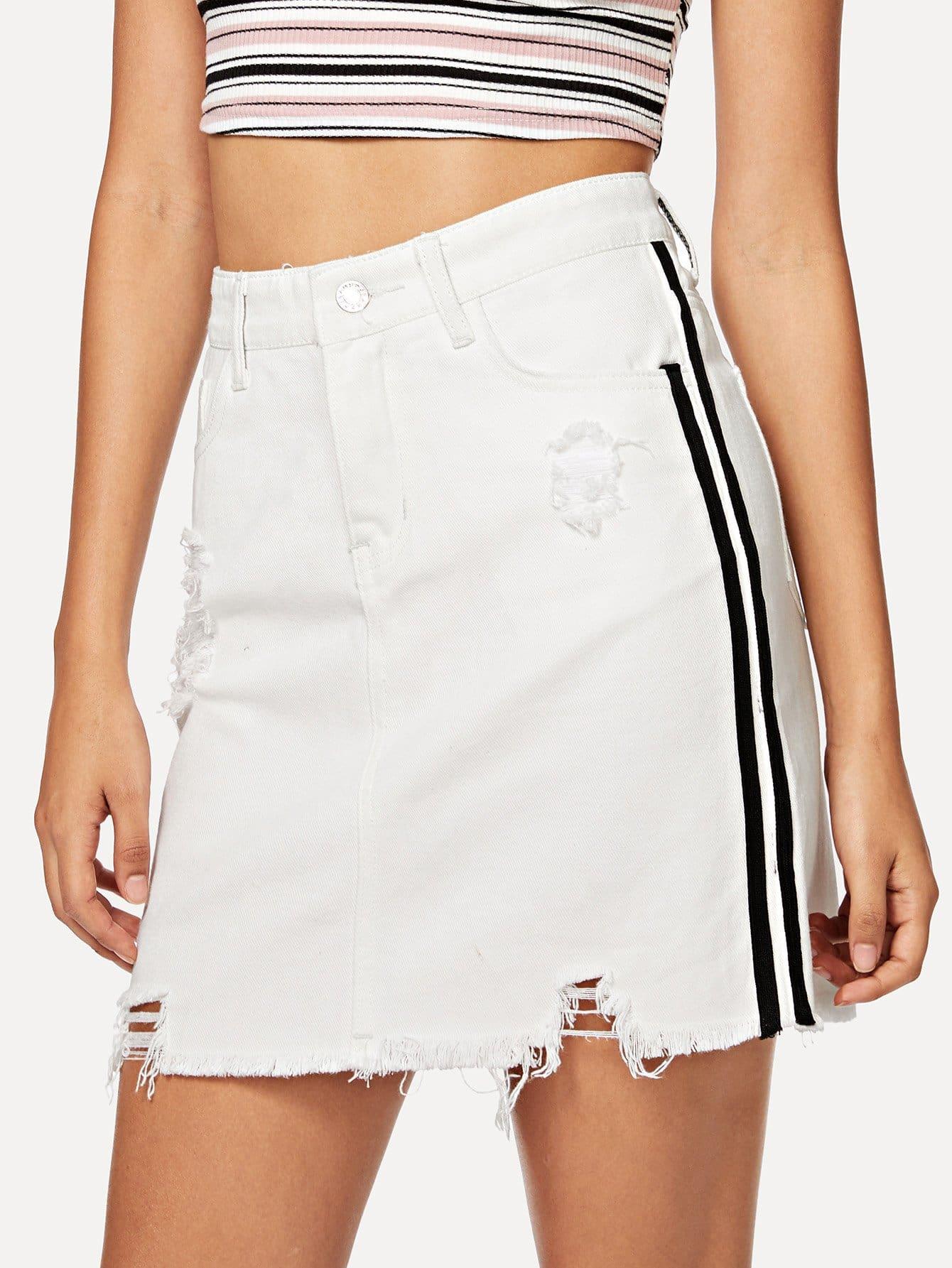 Купить Рваная джинсовая юбка и с полосами по обе стороны и Raw подол, Starl Lane, SheIn
