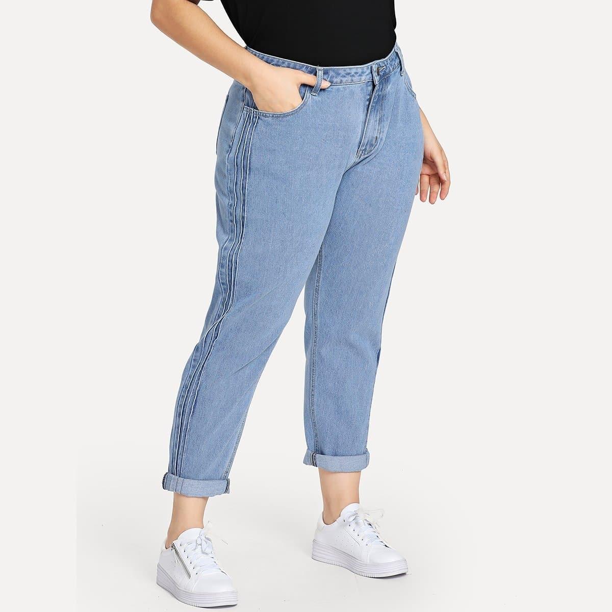 Plus Jeans met Opvallende Stiksels