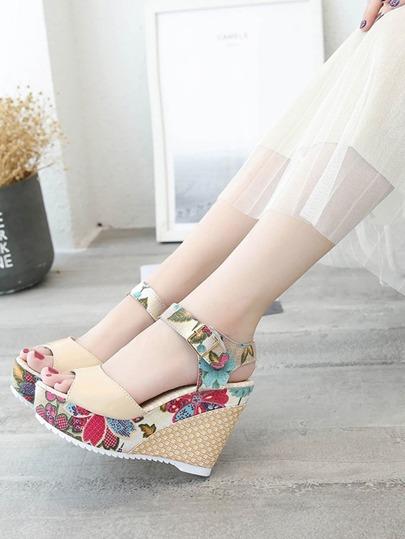 Romwe / Flower Pattern Wedge Sandals