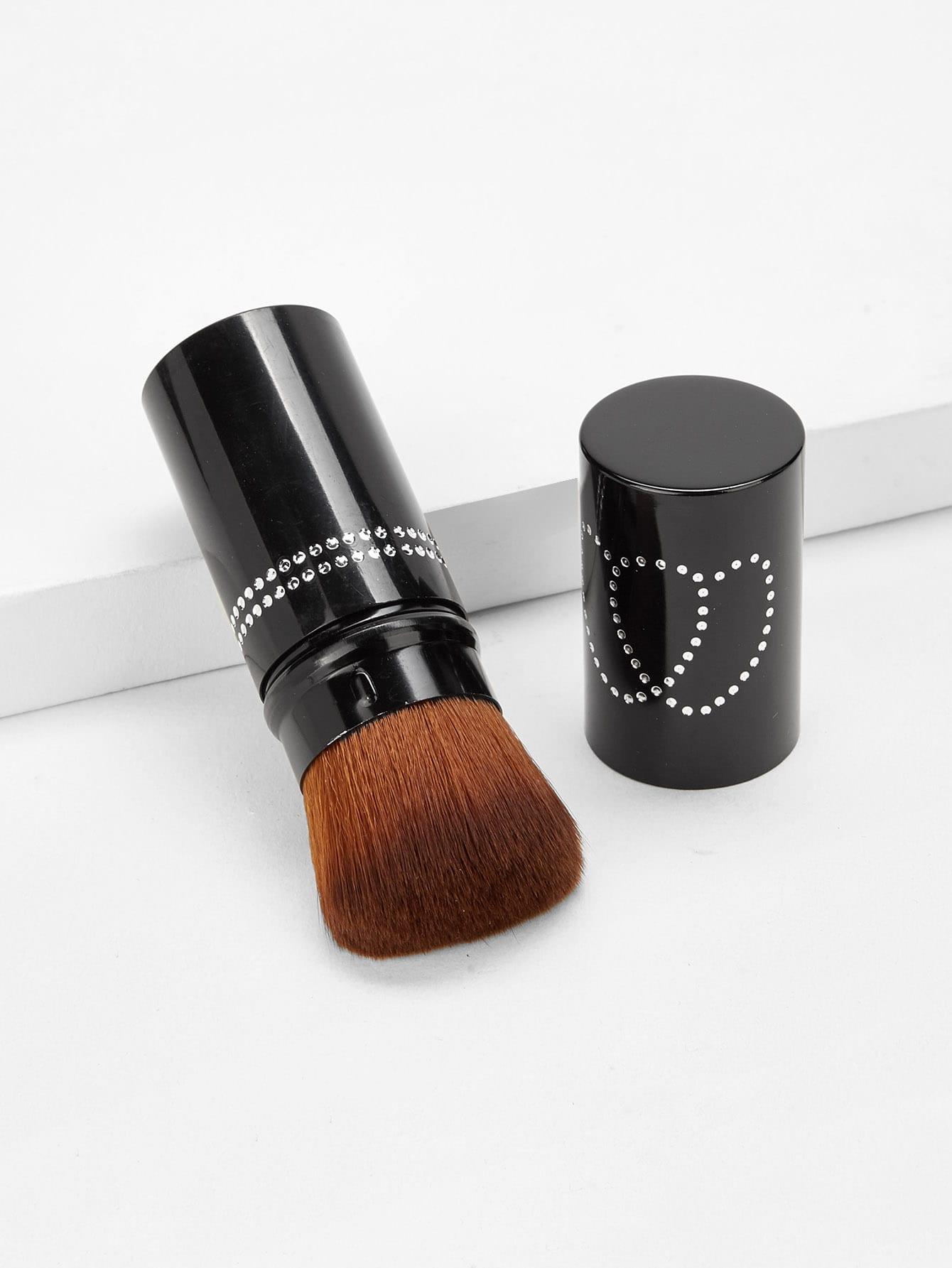 цена на Telescopic Design Makeup Brush