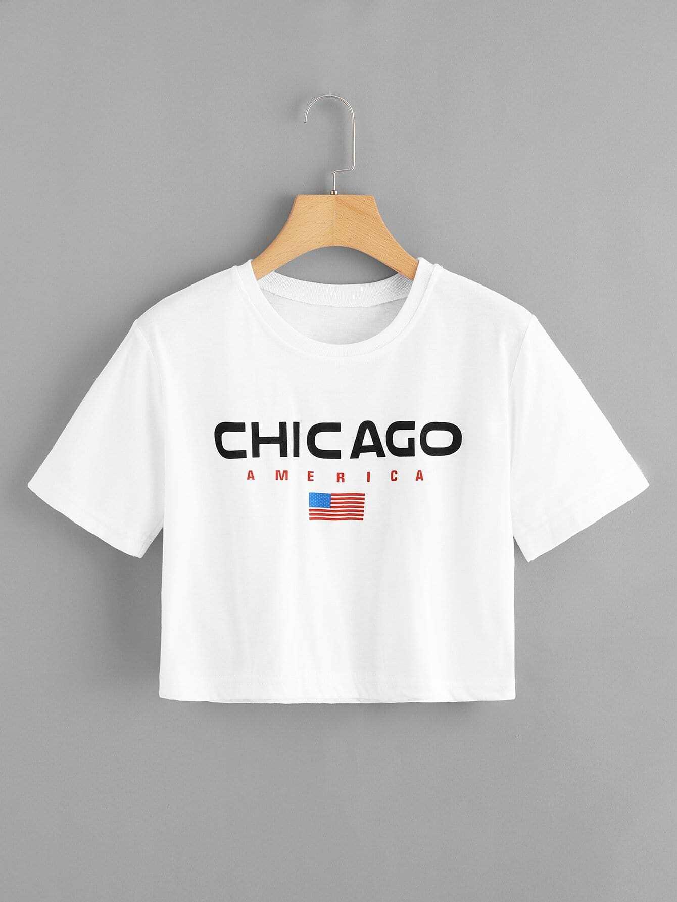 T-Shirt mit Buchstaben und amerikanischem Flaggemuster