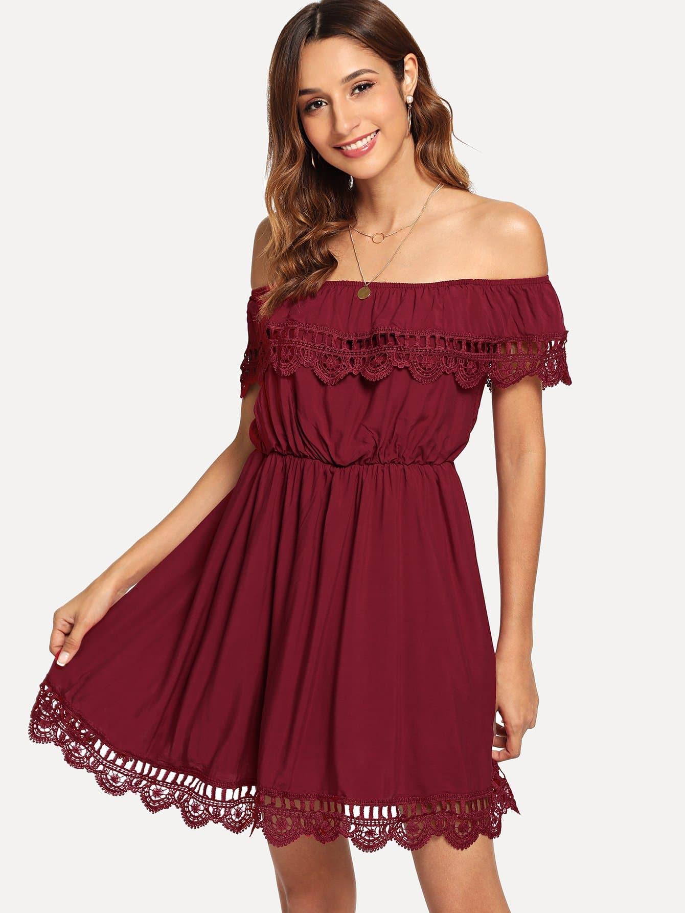 Купить Закройное платье без бретелек и с кружевными оборками, Gabi B, SheIn