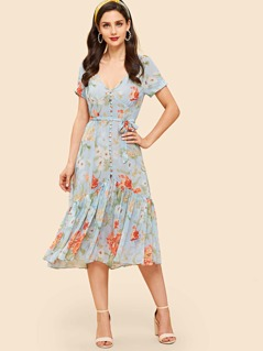 Covered Button Through Ruffle Hem Floral Dress
