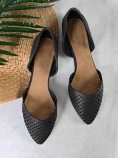 Pointed Toe Dorsay Flats