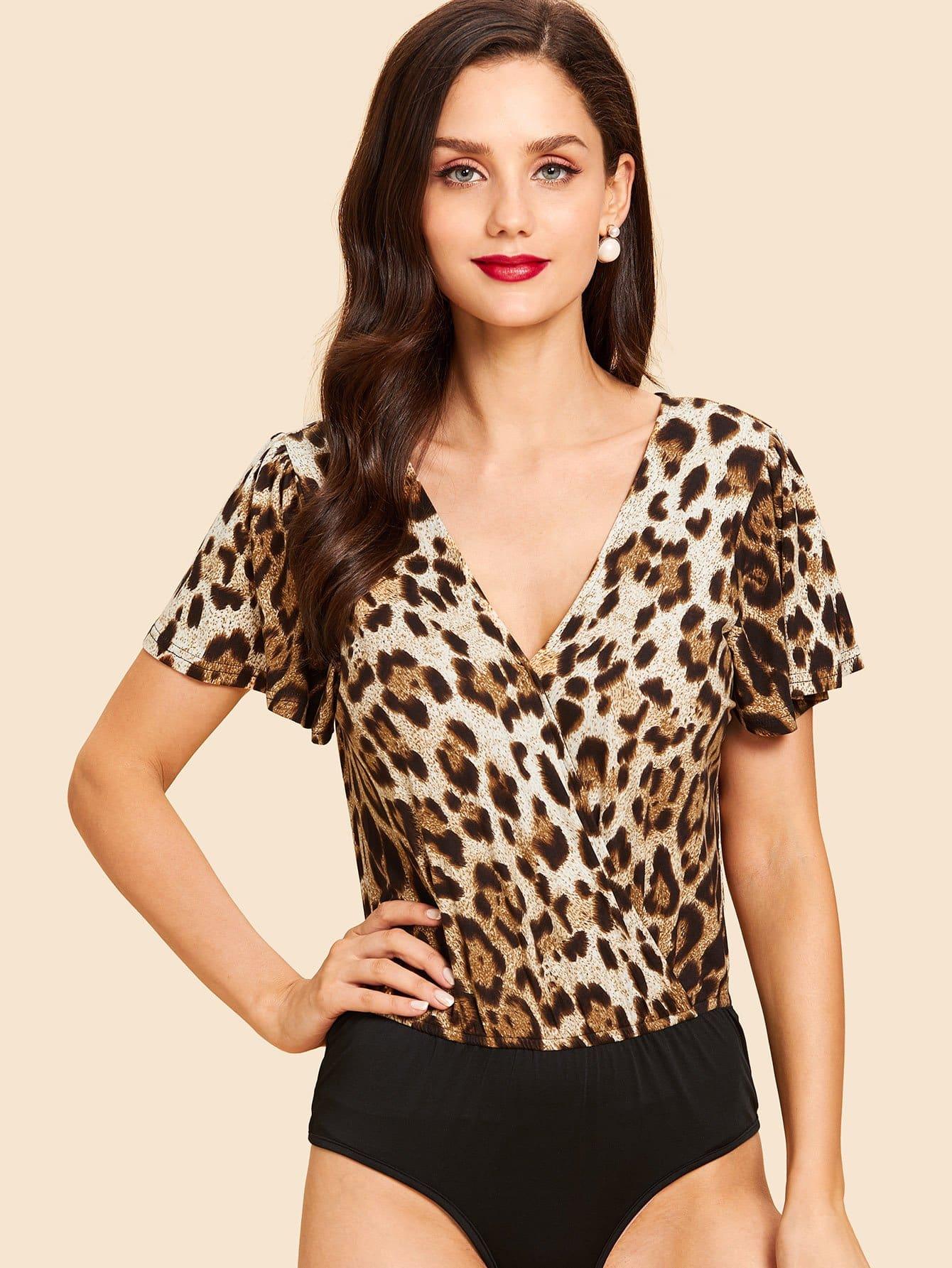 Задняя крышка для брошюры Leopard Print Bodysuit