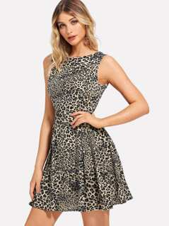 Boxed Pleated Leopard Print Shell Dress