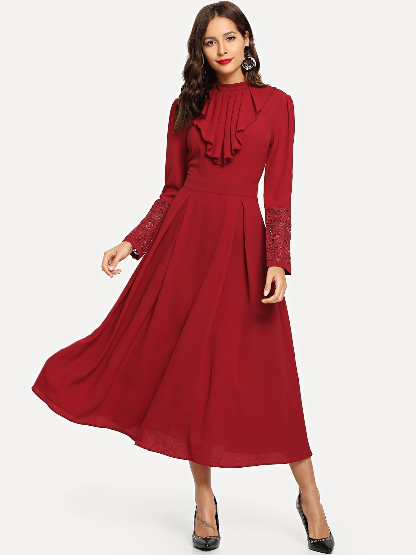 Mock Neck Guipure Lace Trim Ruffle Плиссированное платье