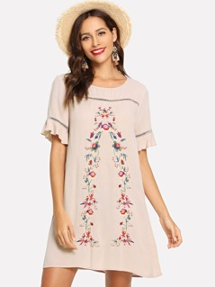 Cut Out Detail Floral Embroidered Dress
