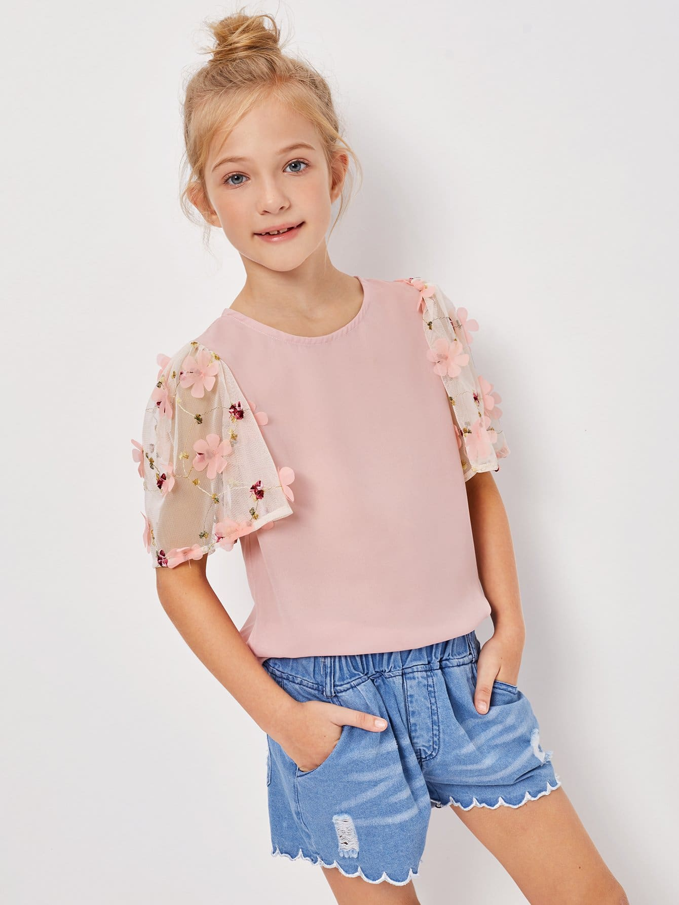 Girls Appliques Mesh Sleeve Keyhole Back Top girls keyhole back floral embroidered mesh top