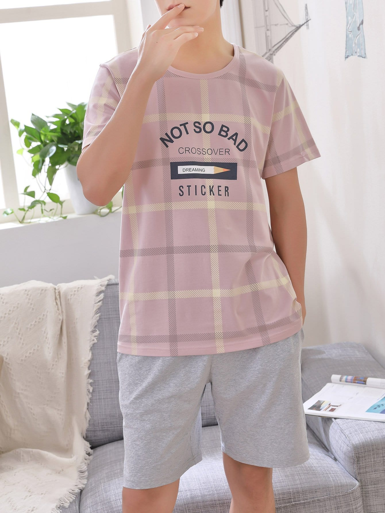 Men Pencil & Letter Print Plaid Pajama Set