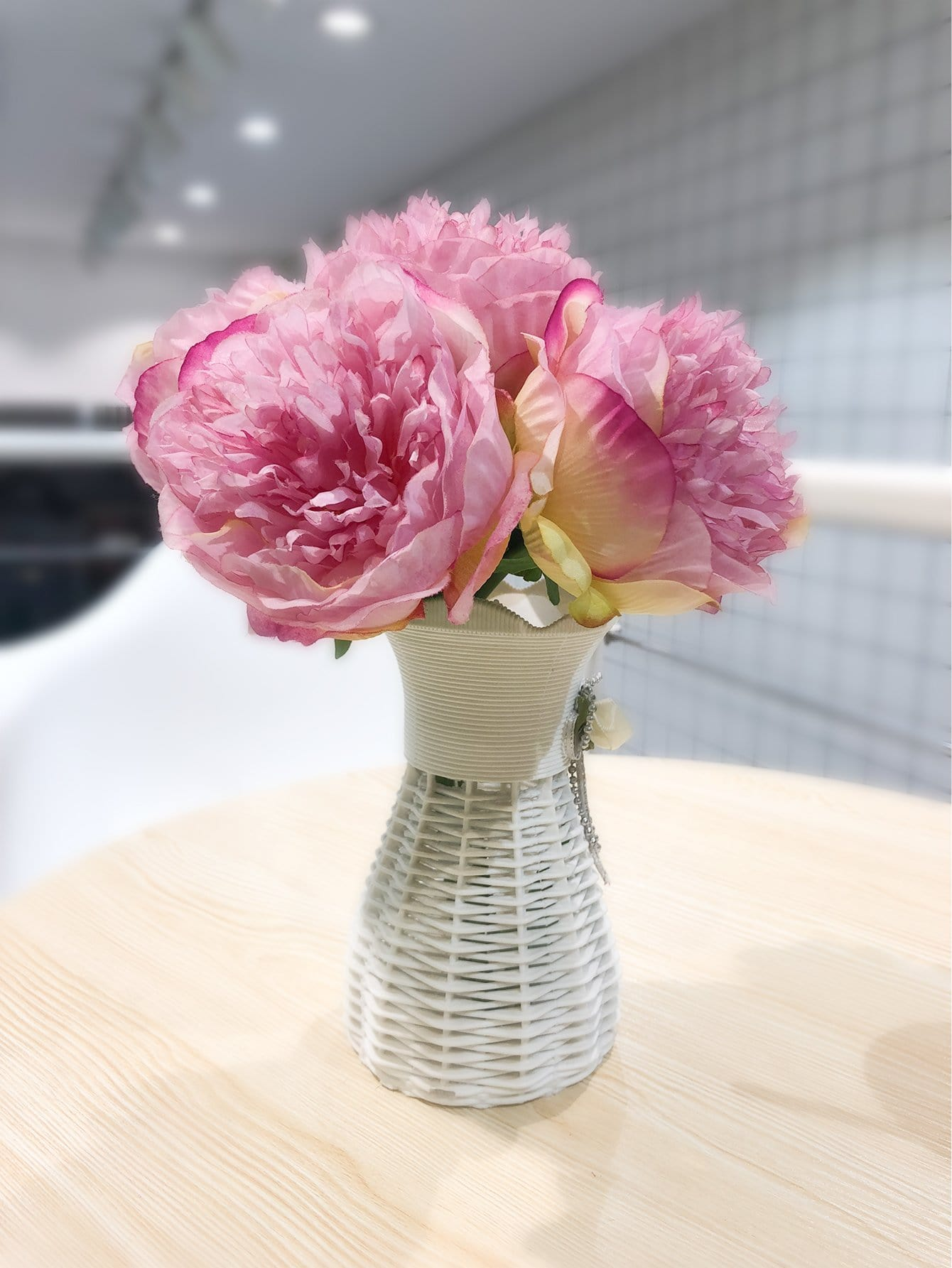 Artificial Flower Bunch With 5pcs Branch