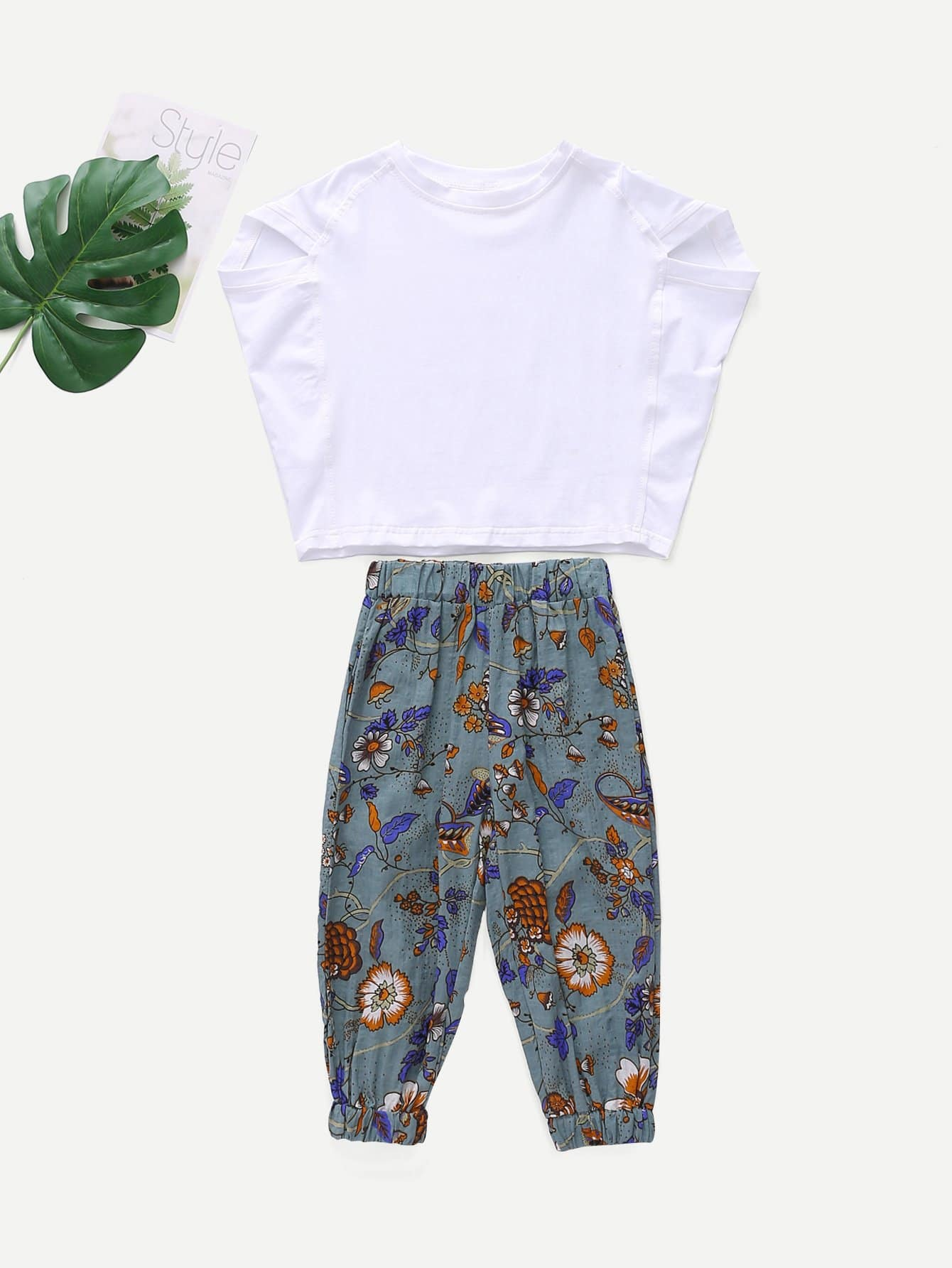 Girls Solid Top With Floral Print Pants