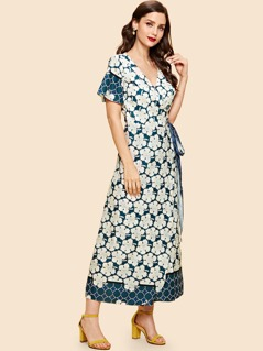 Flower Print Knot Side Dress