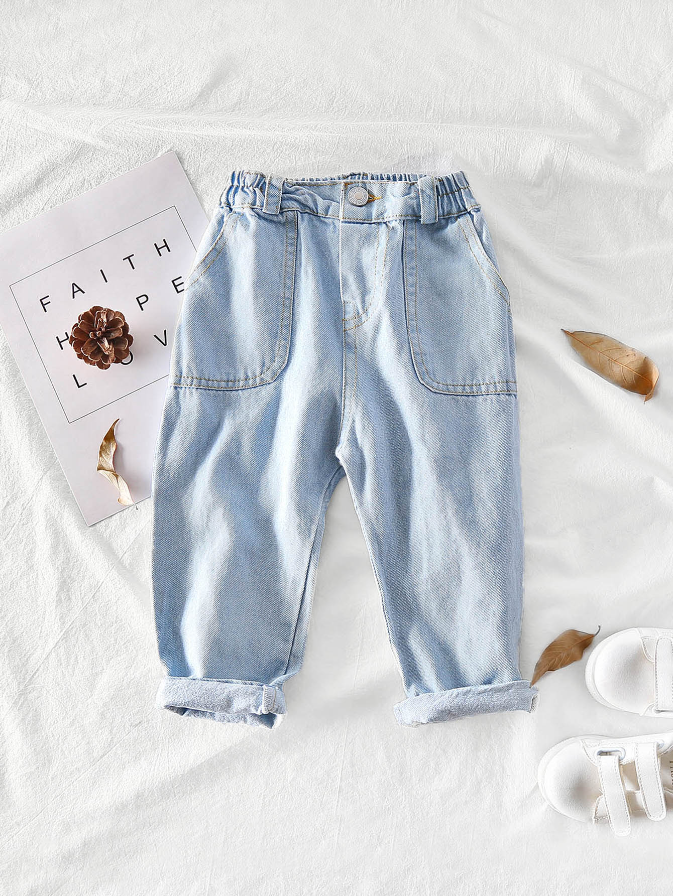 Girls Dual Pocket Faded Jeans