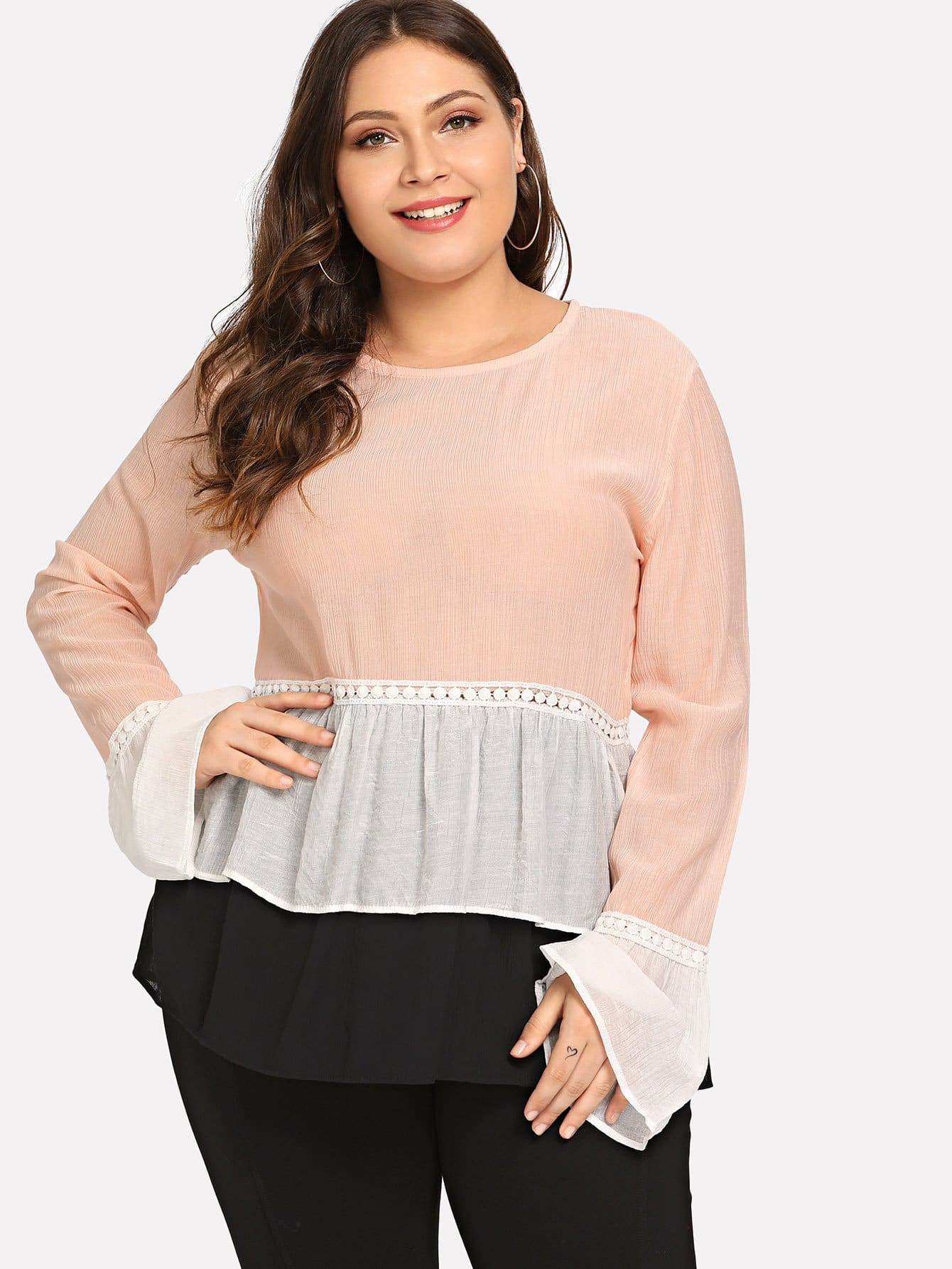 Plus Contrast Lace Layered Ruffle Hem Top