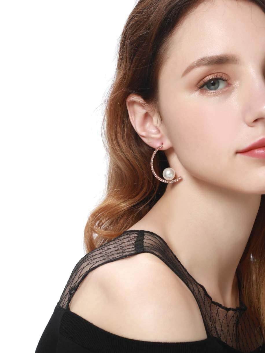 Faux Pearl Decorated Half Circle Stud Earrings