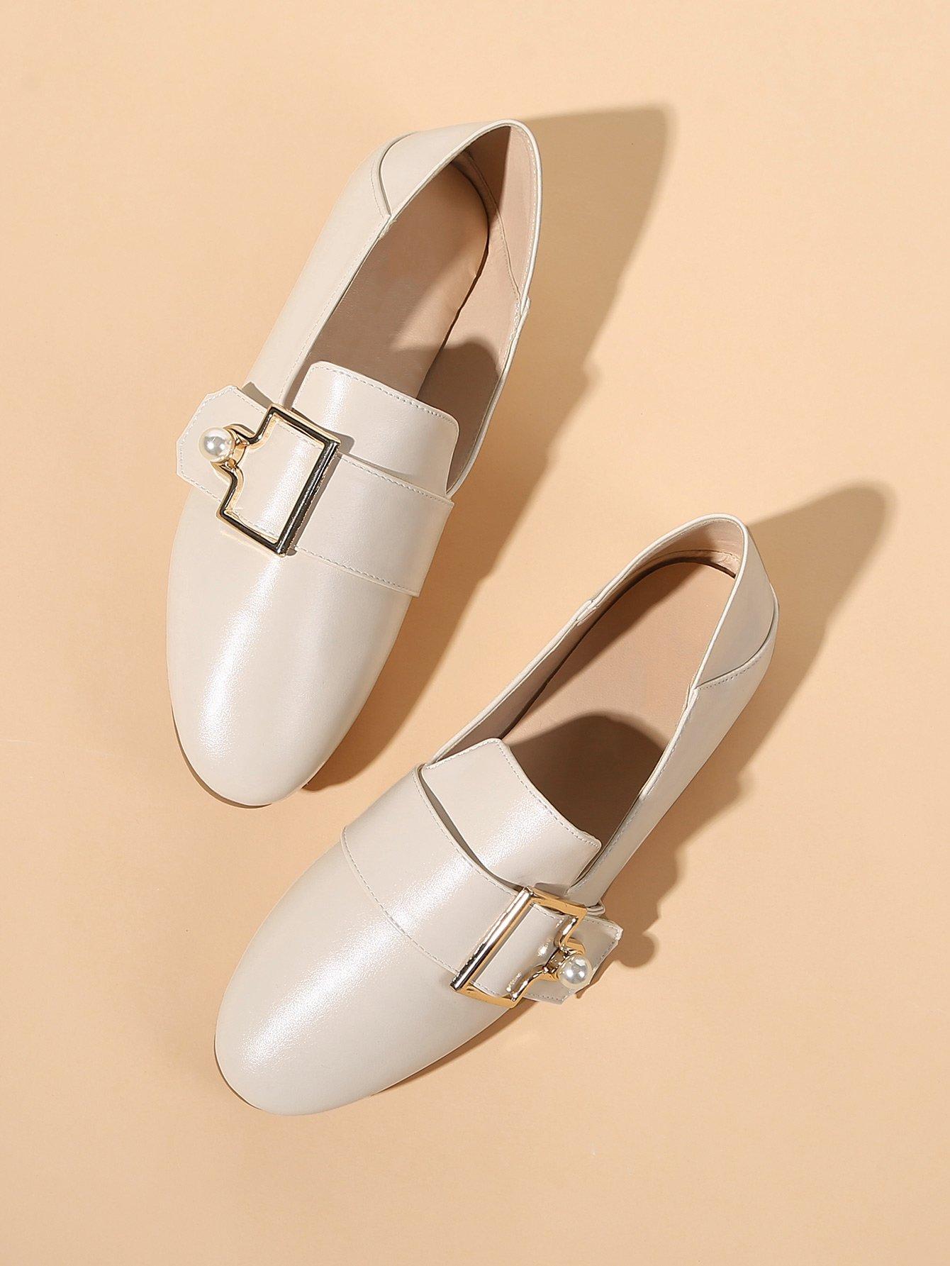 Купить Туфли на плоской подошве с украшением искусственных жемчугов, null, SheIn