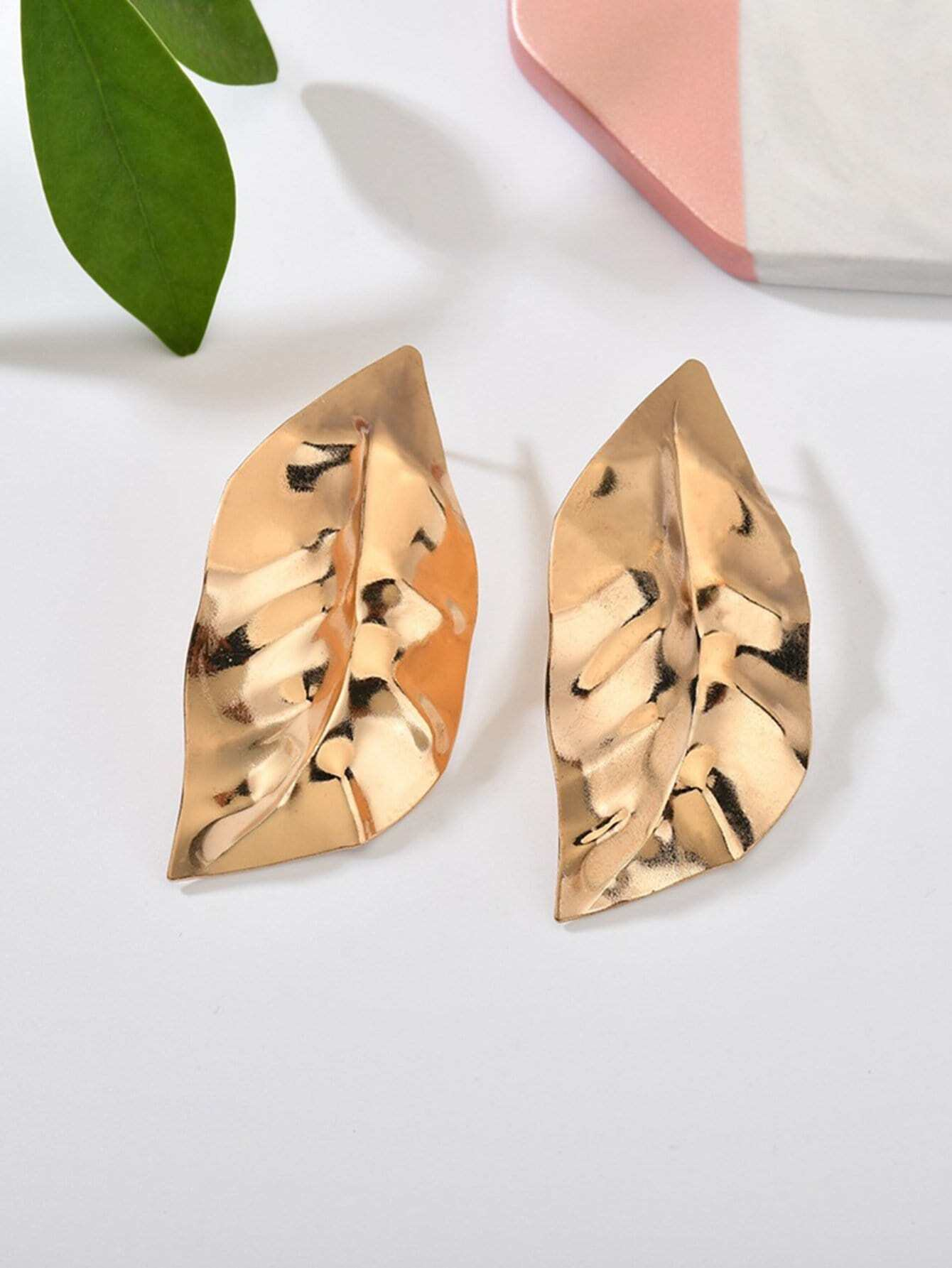 Leaf Design Metal Stud Earrings