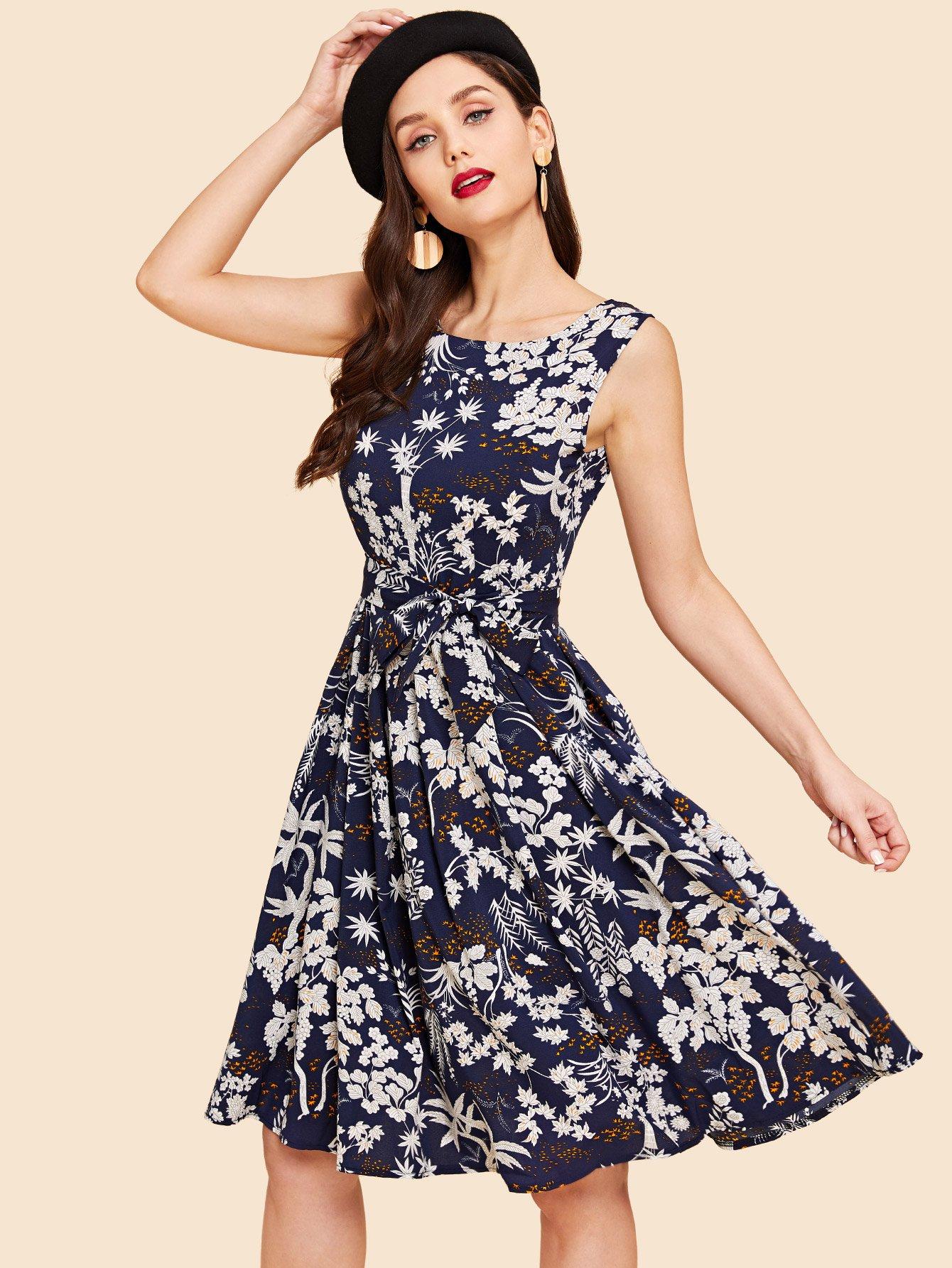 Купить Ситцевое платье с поясом, Julie H., SheIn
