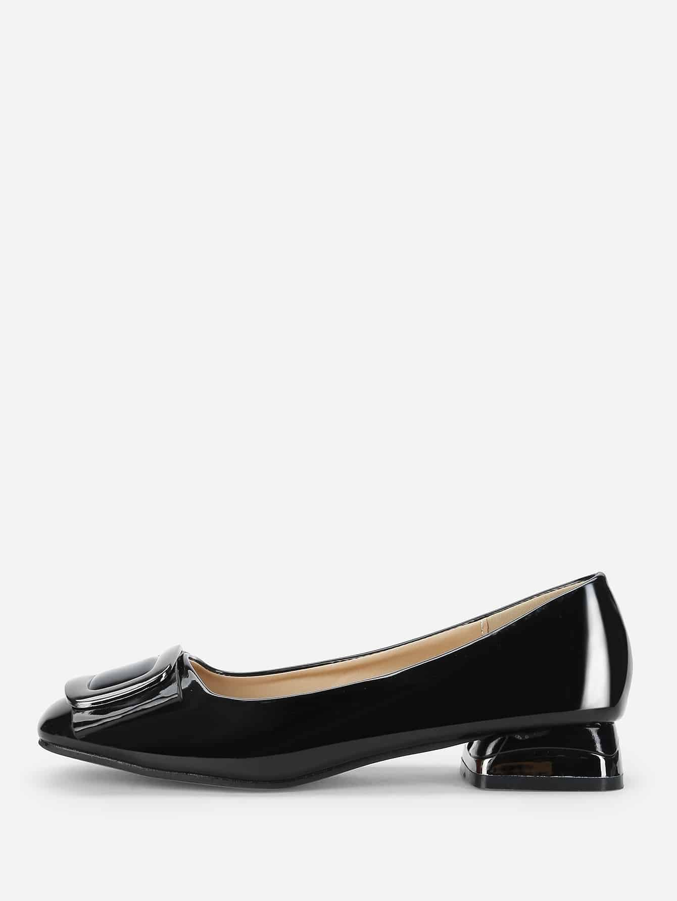 Купить Лакированные туфли на плоской подошве и с украшением застёжкой, null, SheIn