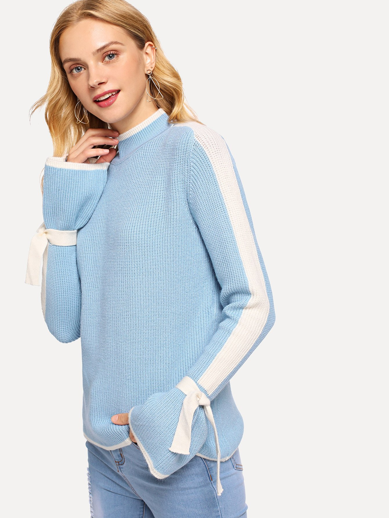 Contrast Panel Sleeve Knot Cuff Sweater