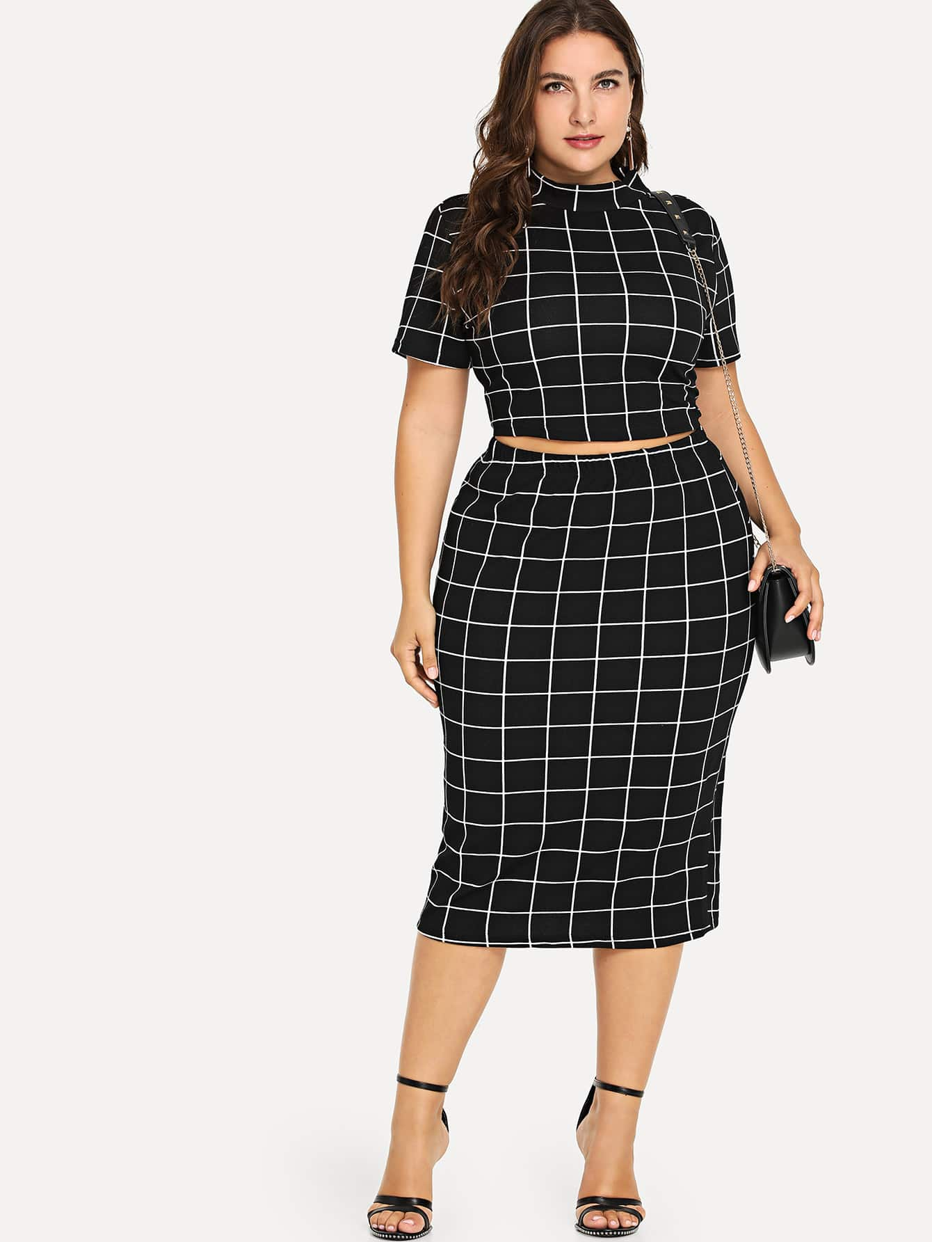 Плюс Mock Neck Crop Grid Tee & Skirt Set