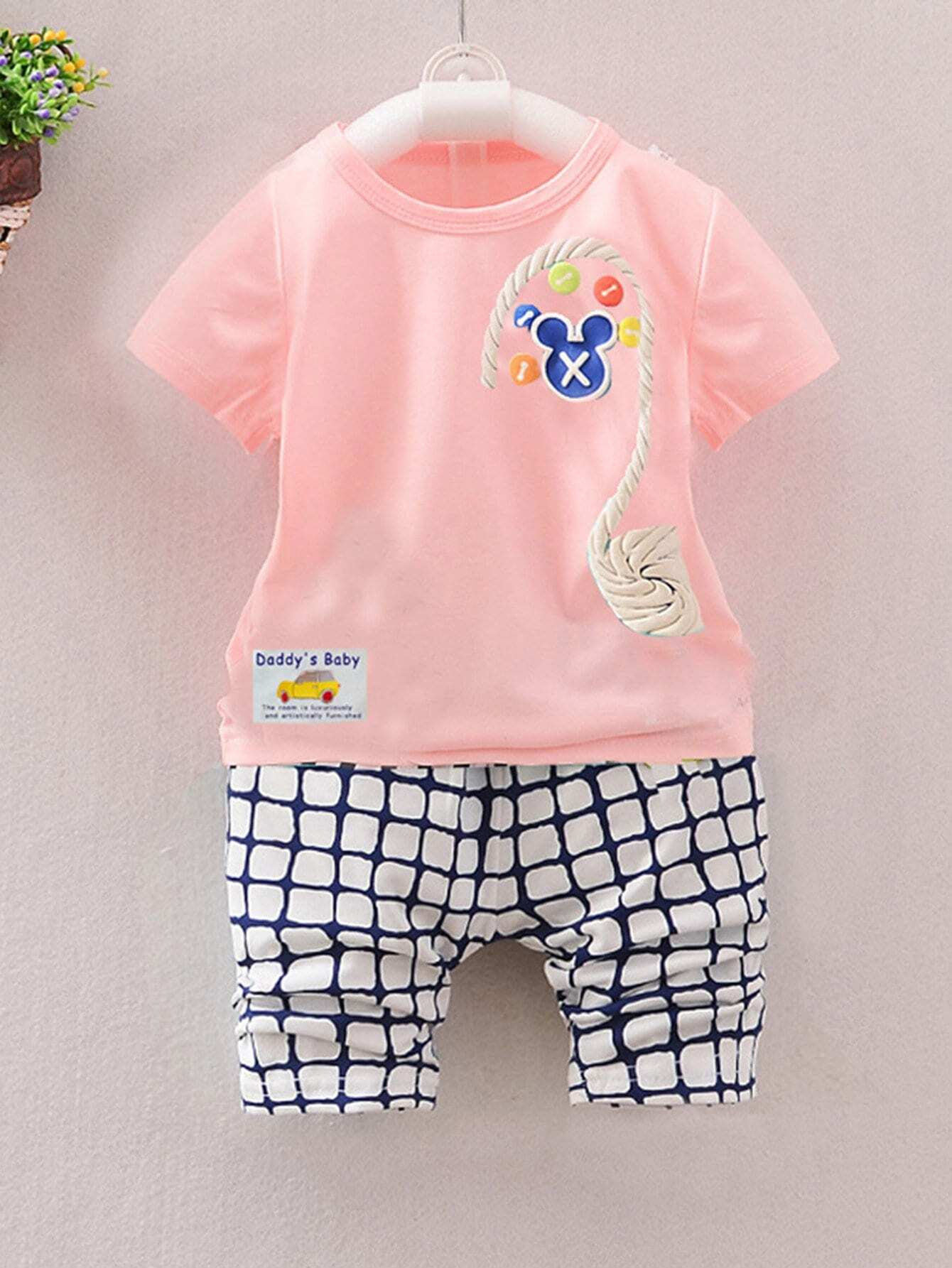 Girls Cartoon And Letter Print Top & Plaid Shorts